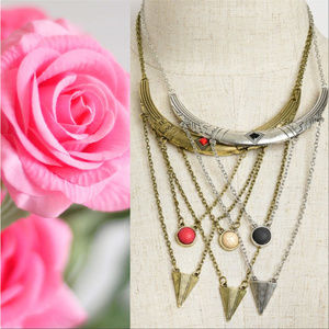 MULTI LAYERED NECKLACE (3 COLOR OPTIONS)